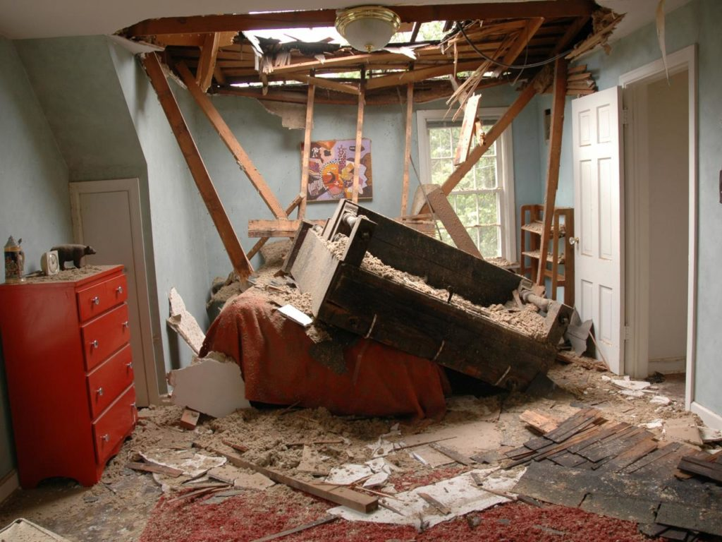 Roof Water Damage Repair-West Palm Beach Mold Remediation & Water Damage Restoration Services-We offer home restoration services, water damage restoration, mold removal & remediation, water removal, fire and smoke damage services, fire damage restoration, mold remediation inspection, and more.
