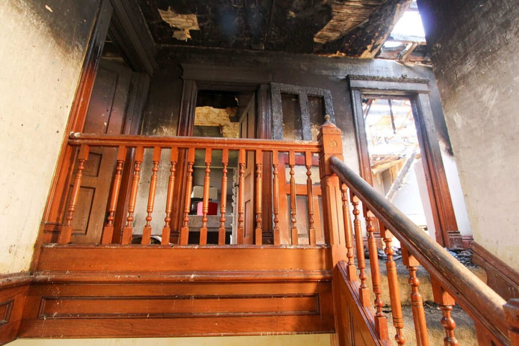 Smoke Clean Up-West Palm Beach Mold Remediation & Water Damage Restoration Services-We offer home restoration services, water damage restoration, mold removal & remediation, water removal, fire and smoke damage services, fire damage restoration, mold remediation inspection, and more.